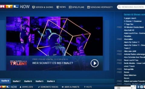 Das Super Talent - Anta Agni UV Light Show - Black Light Dancers in TV