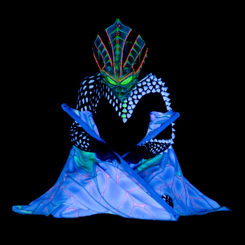 acrobats and dancers - UV LED Light Show - Anta Agni Black Light