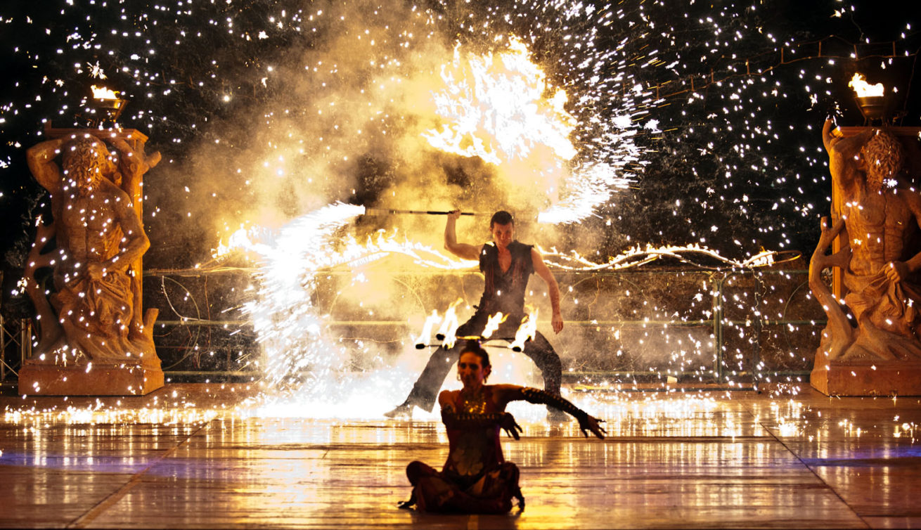 Teatro Del Fuocco - Anta Agni Firedancer on Stage - Fire and Pyro Show