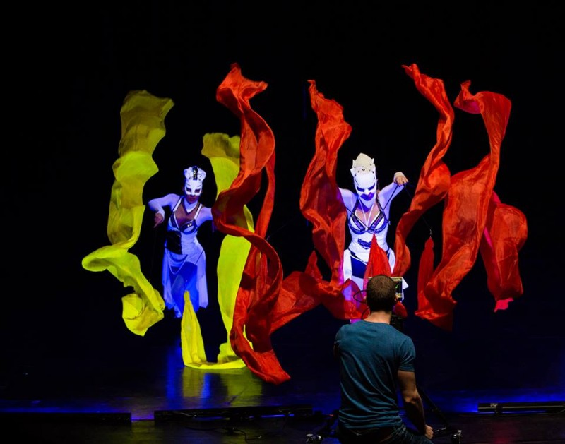 Behind The Scenes - Crystal Light UV Show session - Glow Show Anta Agni