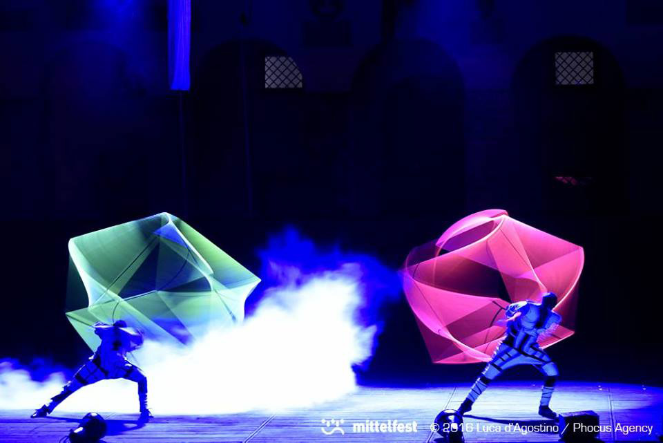 Anta Agni - UV Light Dancers with Juggling Cube - Teatro Del Fuoco