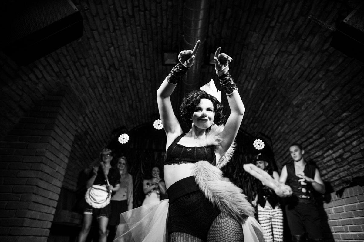 Anta Agni Dancer Red Cat Cabaret Show