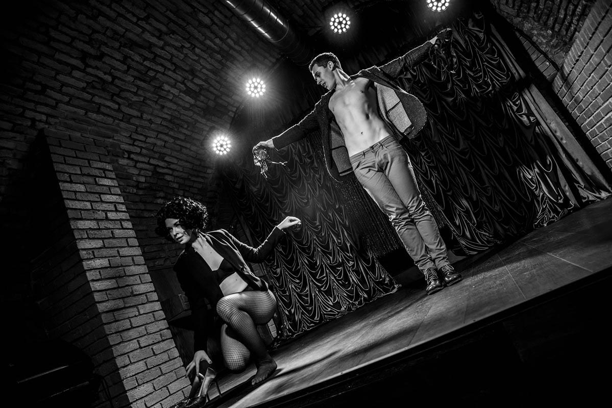 Red Cat Cabaret Show Anta Agni perforemrs