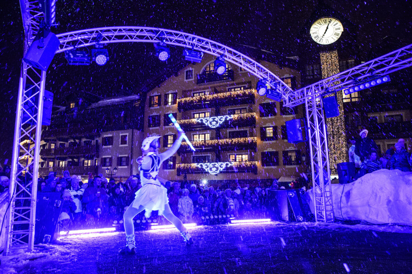 Anta Agni Light Show in Winter and Snow Ski Resort - ARC 1950 Village