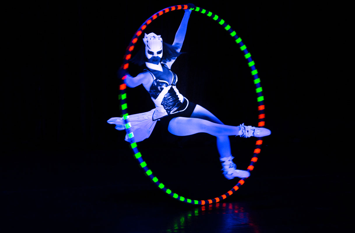 Light Show Cyr Wheel - female acrobat Anta Agni