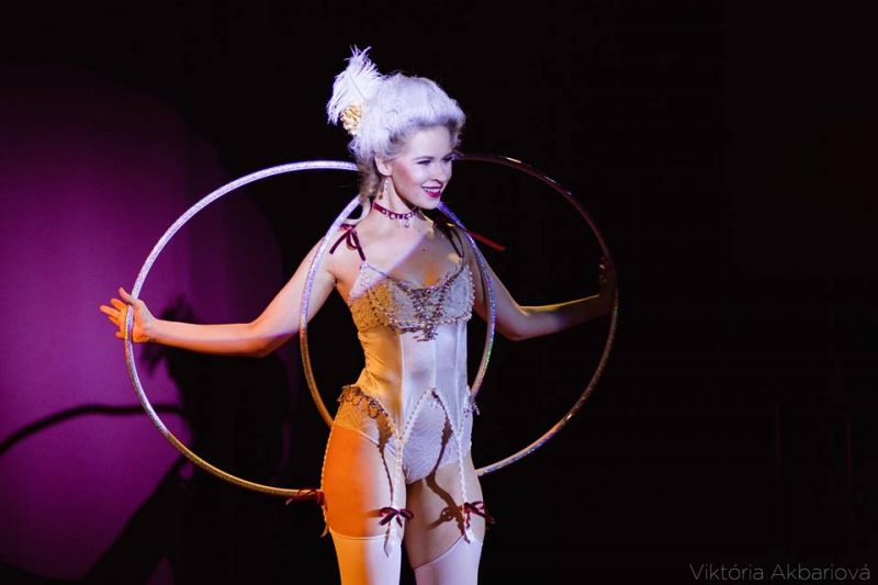 Anta Agni Hula Hoop Cabaret Marie Antoinette Baroque Style