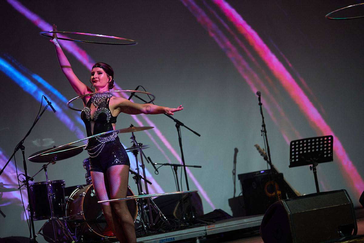Hula Hoop Solo Dancer - Anta Agni Cabaret