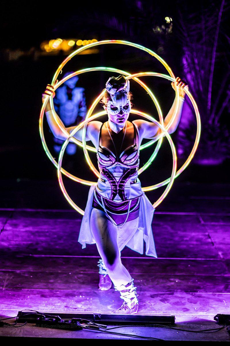 LED Dream Light Show Dancers Acrobats